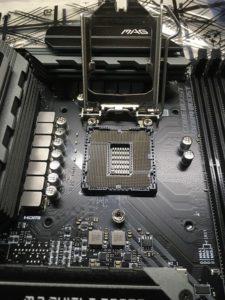 CPUソケット(2)